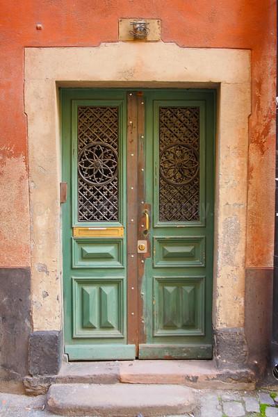 Door No. 3/2