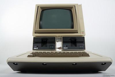 Apple II - Disparition Programmée, le livre - Musée Bolo - EPFL - 9 février 2013