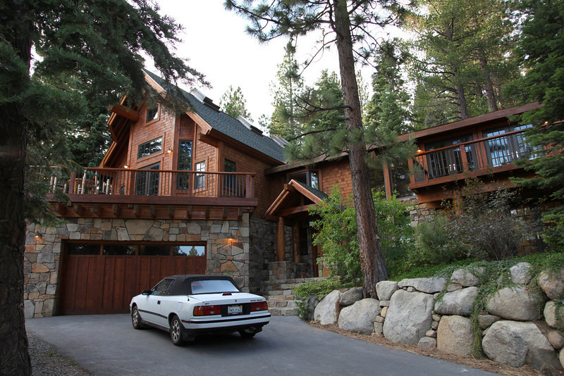 We have mostly finished moving from the Wolfgang house in Truckee, to Sequoia in Tahoe City, 4Oct10.
