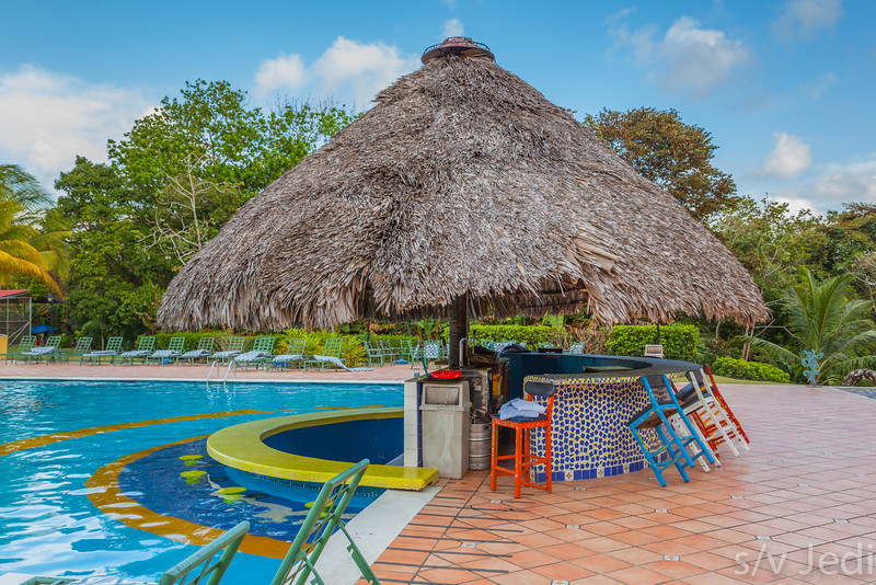 Pool bar at Melia hotel. - The pool bar at Melia hotel at the banks of lake Gatun in Colon, Panama.