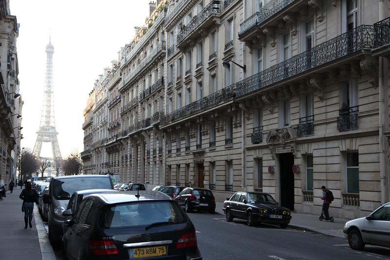 Down Avenue d'Eylau