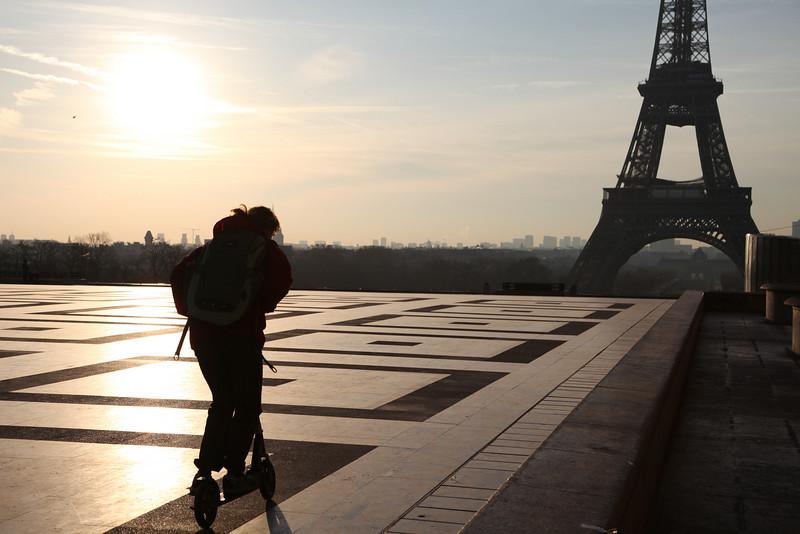 Sometimes we go through the plaza at Palais de Chaillot