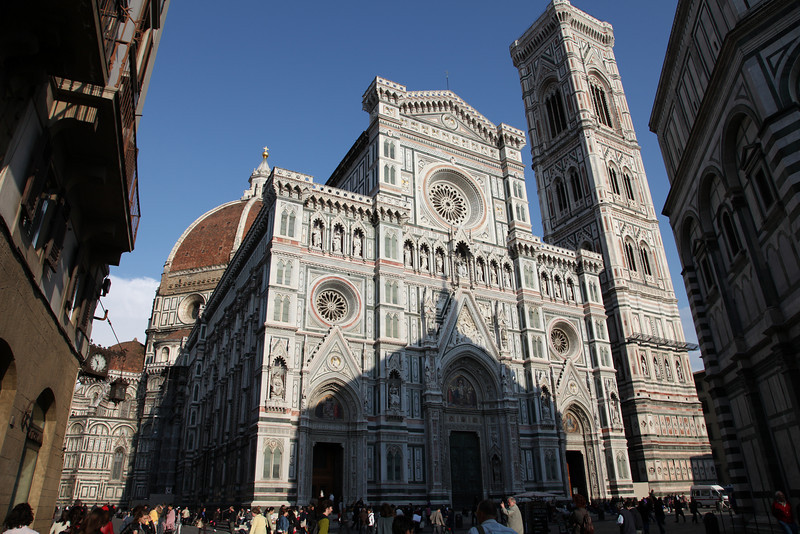 "Now in Firenze (Florence).  The main Duomo is quite impressive, apparently with the largest dome in the world ""until the modern era."""