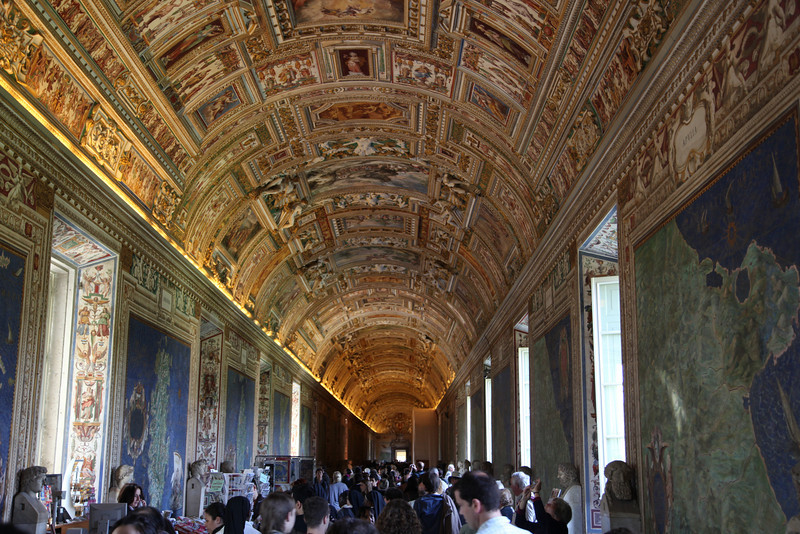 A fabulous hallway with ancient, yet highly detailed maps of all sections of Italy painted along the walls.