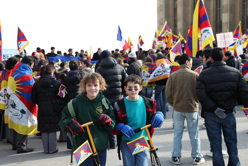 Demonstration at the Palais de Chaillot