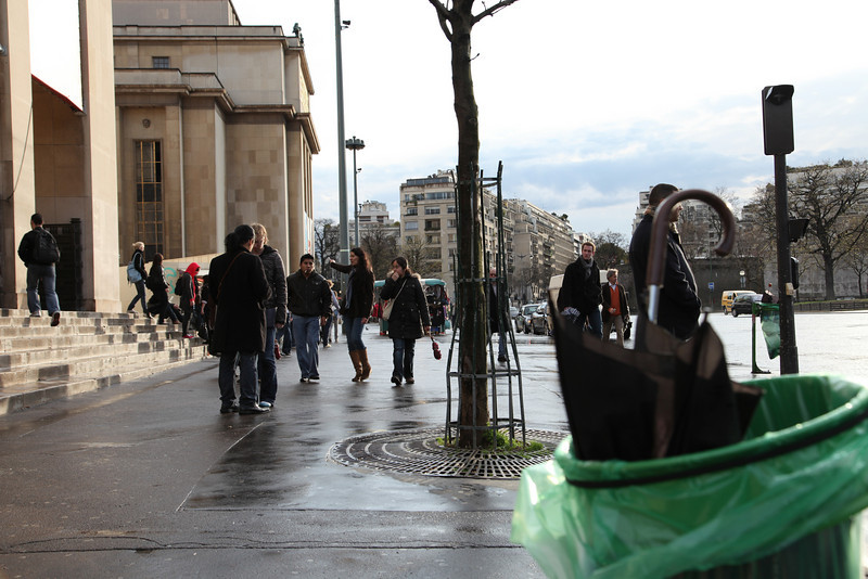 While enjoying a chocolat chaud in the cafe of the musee de l'architecture, we heard what sounded like a tornado roam through trocadero.   When we went outside, the trash cans were full of broken umbrellas.