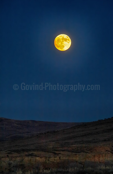 Supermoon over Uinta Mountains