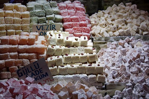 Delicias Turcas. Me encantan, prodría comerme kilos.<br /> <br /> Turkish Delights. I love them. I could eat 'kilos' of them.