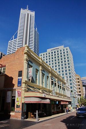 El edificio más alto de Perth.<br /> <br /> Tallest building in Perth.