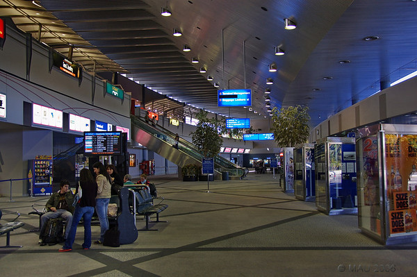 Interior del aeropuerto.<br /> <br /> Inside the airport.