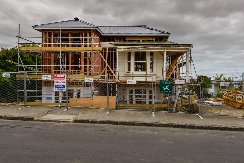 Kiwi art of construction