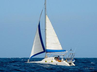 IMG_1089.JPG Cruising Monjes del Sur.