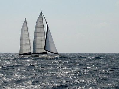 IMG_1079.JPG Cruising Monjes del Sur.