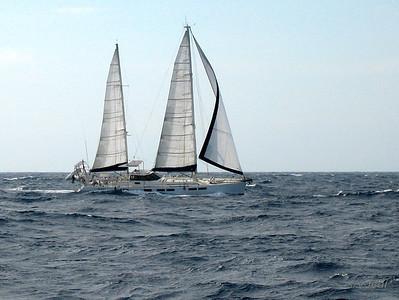 IMG_1082.JPG Cruising Monjes del Sur.
