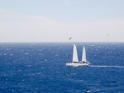 IMG_1102.jpg Cruising Monjes del Sur.