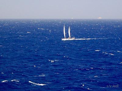 IMG_1097.jpg Cruising Monjes del Sur.