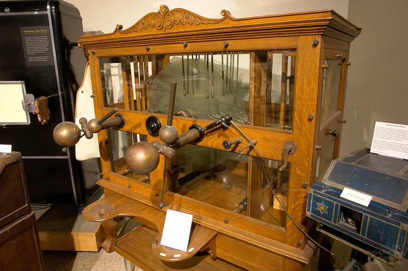An 1920s electrostatic influence machine by Van Houten and Tembroeck, a high voltage generator for powering X-ray tubes.