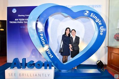 ALCON Vietnam   Hội thảo khoa học tại Hilton Hanoi Opera 13/11/2020   instant print photo booth in Ha Noi   Chụp ảnh in hình lấy ngay Sự kiện tại Hà Nội   Photo Booth Ha Noi
