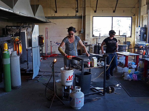 Alder House glass blowing - Lincoln City OR * click to view gallery
