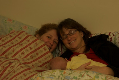 1/18/09: Bella, Mommy and Alex