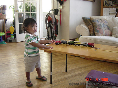 09-04-06 Summer in NY-Choo Choo