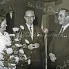 F3513<br /> Jubileum bij Bulbhorst. Dhr. en mevr. André Arentshorst met de jubilaris dhr. P. van Waardenburg (rechts). Foto: 1968