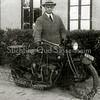 F2225<br /> Arnoldus Petrus van Rijn met zijn Indian motor. Arnoldus van Rijn, vader van Henk van Rijn, werd geboren in Sassenheim en is later verhuisd naar Haarlem.