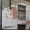 F2758<br /> De vervallen staat van West End. Foto: 2012