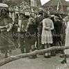 F1978<br /> Bevrijdingsfeest. De jongen links is Geb Wesseling? Rechts: mevr. Van Niekerk (kolenhandel) Foto: 1945. .