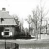 F0533 <br /> Zicht op de Kerklaan richting centrum vanaf de kruising met de Parklaan. Alle huizen op de foto staan er nog. Foto: jaren '60.