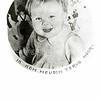 F2165<br /> Een afbeelding van prinses Beatrix. Deze plaatjes werden in de oorlogsjaren uitgestrooid boven Nederland.