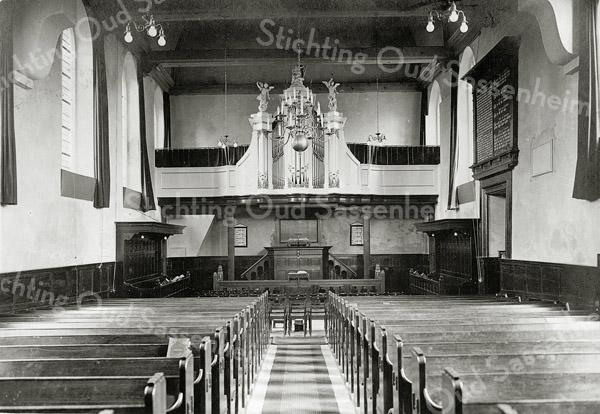 F0856 <br /> Collectie Oudshoorn 098: interieur Ned.-herv. kerk of Dorpskerk . <br /> Foto: vóór 1921.