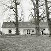 F3341<br /> Huis ter Leede: het zomerhuis en de stal. Foto: 1983