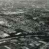 F4223 <br /> Een luchtfoto van Sassenheim met de A44 op de voorgrond