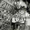 F2499<br /> Het Klokkenmuseum boven in de Ned.Herv. kerk(Dorpskerk). Dhr. S. Vliem zit aan de tafel. Foto: 2002
