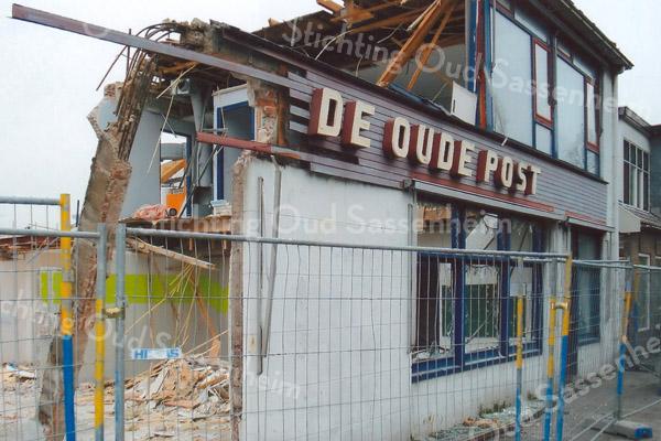 F1683b <br /> De afbraak van De Oude Post in februari 2008.