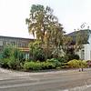F2097<br /> Bloembollenbedrijf van G. van Egmond dat, evenals de witte woning ernaast, in 2010 gesloopt is.