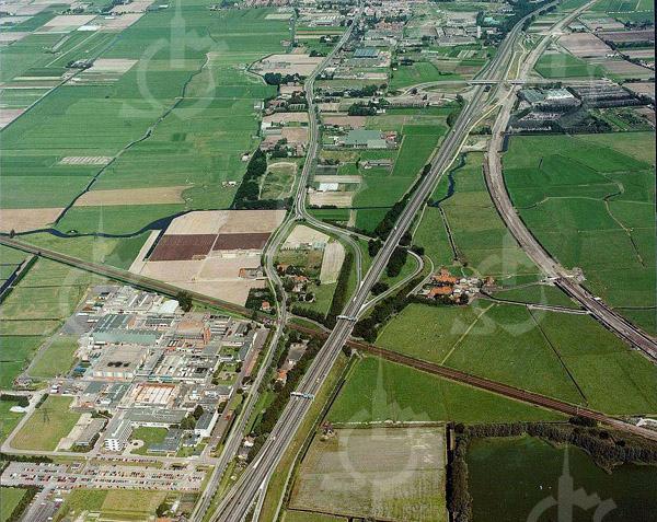 F4439<br /> Dezelfde locatie als F4438, maar dan de nieuwe situatie. De Oosthoutlaan (aangelegd in 1990) ontbreekt nog.