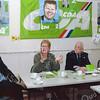 F2622<br /> Greetje Willemsma spreekt bij het CDA in 't Onderdak. Links zit Kees v.d. Zwet en helemaal rechts Hans Heuer. Foto: 2003.