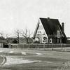 F1363 <br /> Hoofdstraat 61: villa Wildrijk, bewoond door de fam. De Jong,  eerder bewoond door de fam. D. Zwetsloot. Dit is tegenover de Wasbeekerlaan. Geheel links nog een gedeelte van villa Bakara..