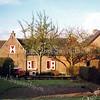 F0148 <br /> Hoofdstraat 102. Deze foto is genomen vanuit de Zuilhofstraat en laat het huis in zijn volle lengte zien.   Foto: 1996. Zie beschrijving  F0147.