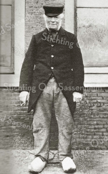 F3179<br /> Pieter Ciggaar. Hij woonde op de boerderij De Klinkenberg. Foto: begin 20ste eeuw.