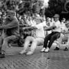 F4068<br /> Oranjefeesten op 22 september 1994. Adest Musica aan het touwtrekken.