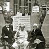 F2319<br /> Bevrijdingsoptocht 1945. <br /> Voorste rij v.l.n.r.: nb, Guik Koster, nb. <br /> Achterste rij v.l.n.r.: nb, Jan Kriek, Kees van der Voet, Theo Landwer Johan.