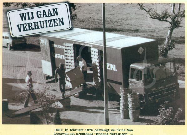 F0731 <br /> Expeditie- en verhuisbedrijf annex meubelopslag Van Leeuwen & Zn., uitgegeven ter gelegenheid van het 80-jarig bestaan van de zaak.<br /> De foto is genomen op de Molenweg in Hillegom. Foto: 1981.