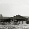 F0834 <br /> Collectie Oudshoorn 064: narcissenschuur Bader & Co, Oude Post, later G.B. de Vroomen. <br /> Foto: vóór 1921.