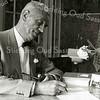 F2025<br /> Dhr. A. den Haan, hoofd van de Herv. School te Sassenheim.