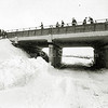 F2992<br /> Sneeuwpret bij de Sassemerbrug.