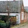 F4234a<br /> <br /> Kastanjelaan 11 en 12. Beide huizen zijn destijds bewoond geweest door de fam. Witteman. De panden worden binnenkort gesloopt. Foto: 22-11-2004