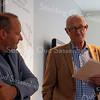 F3648<br /> De uitreiking van de Oud Sassenheim Restauratieprijs 2014 op 12 september 2014 aan Peter van Biezen (Heemborgh Makelaars) voor de restauratie van het pand Hoofdstraat 271-273.<br /> Links staat Peter van Biezen, rechts Hans Walenkamp, voorzitter van de Stichting Oud Sassenheim.